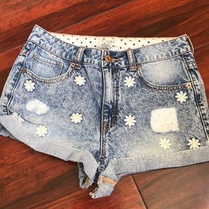 F21 blue distressed flowery shorts